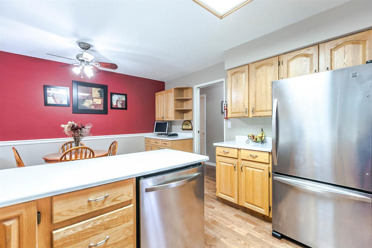 Photo 9: Photos: 21895 44 Avenue in Langley: Murrayville House for sale : MLS®# R2135391