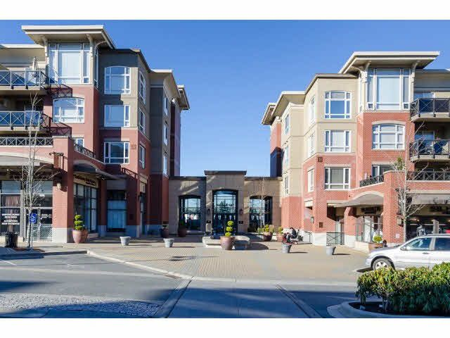 "Main Photo: 303 2970 KING GEORGE Boulevard in Surrey: King George Corridor Condo for sale in ""WaterMark"" (South Surrey White Rock)  : MLS®# R2168704"