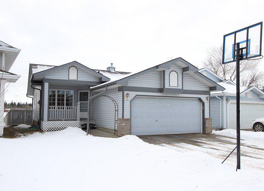 Main Photo: 11843 8 Avenue: House for sale
