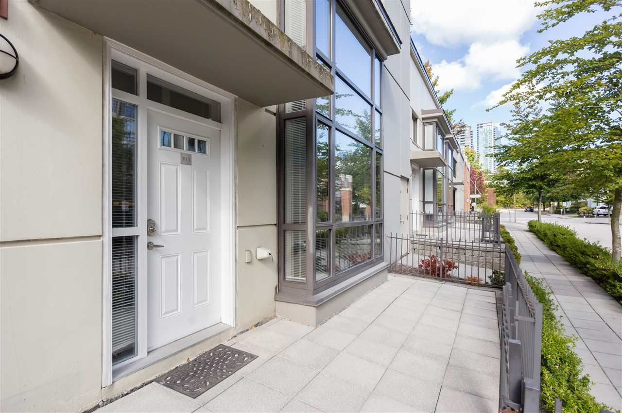 "Main Photo: 3 4178 DAWSON Street in Burnaby: Brentwood Park Townhouse for sale in ""TANDEM"" (Burnaby North)  : MLS®# R2213368"