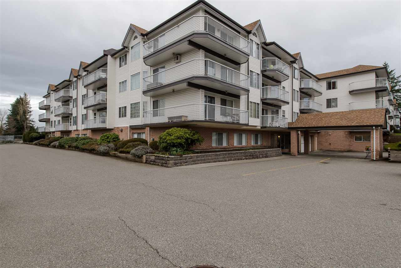 "Main Photo: 121 33535 KING Road in Abbotsford: Poplar Condo for sale in ""Central Heights Manor"" : MLS®# R2284071"