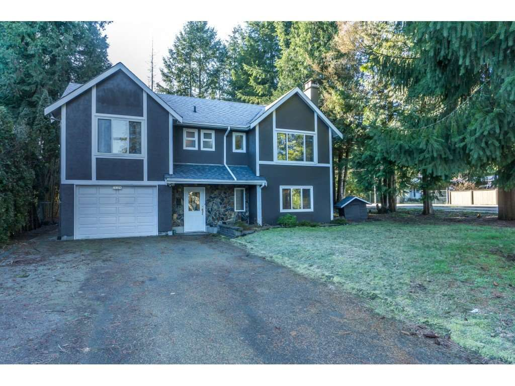 Main Photo: 20304 49A Avenue in Langley: Langley City House for sale : MLS®# R2341429