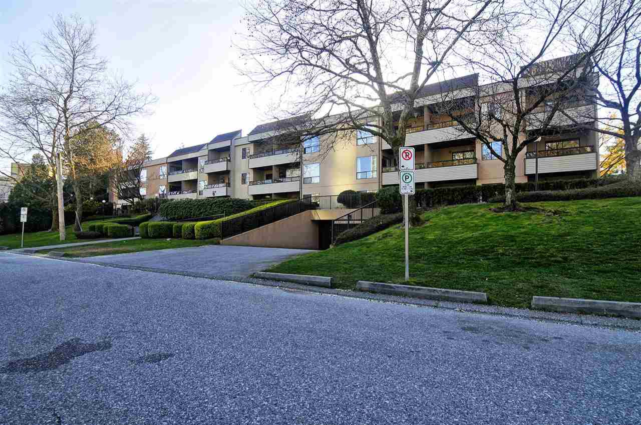 Main Photo: 308 10221 133A Street in Surrey: Whalley Condo for sale (North Surrey)  : MLS®# R2355002
