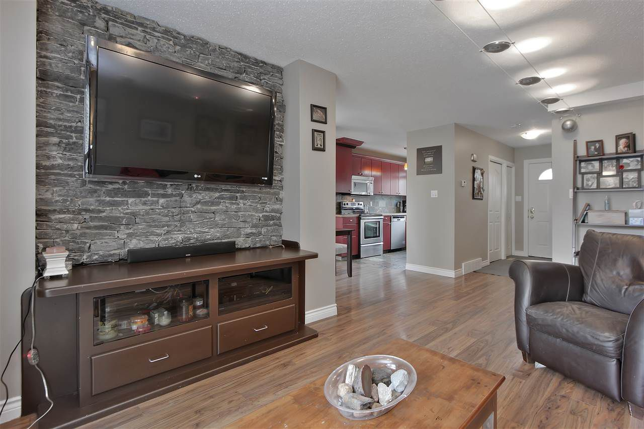 Main Photo: 107 87 BROOKWOOD Drive: Spruce Grove Townhouse for sale : MLS®# E4158542