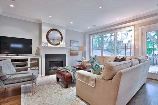 Main Photo: 367 Old Orchard Grove in Toronto: Bedford Park-Nortown House (2-Storey) for sale (Toronto C04)  : MLS®# C4491621