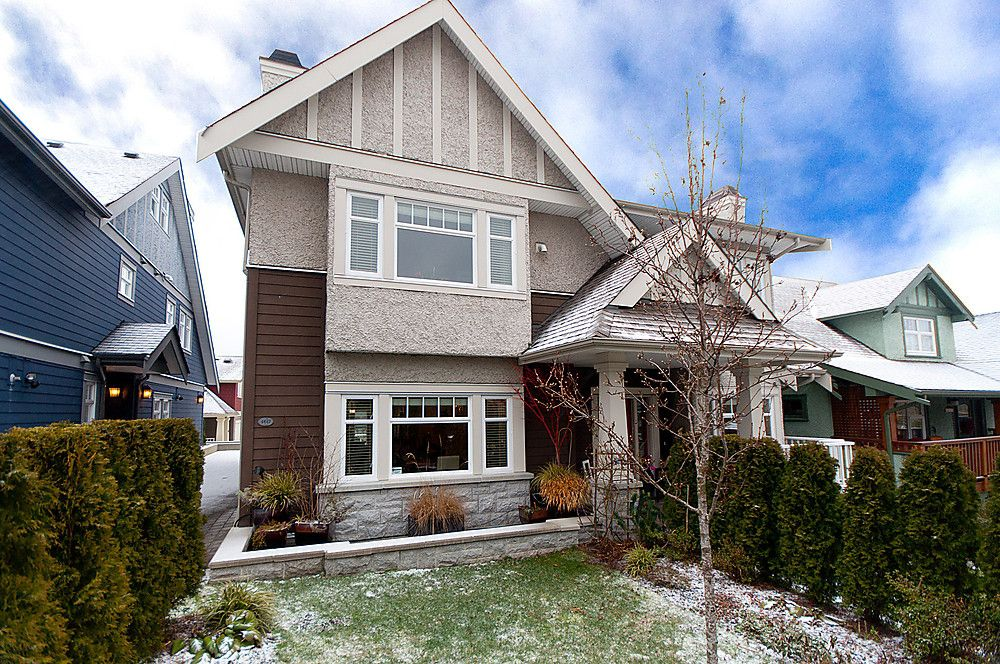 Main Photo: 4447 W 9TH Avenue in Vancouver: Point Grey House 1/2 Duplex for sale (Vancouver West)  : MLS®# V875198