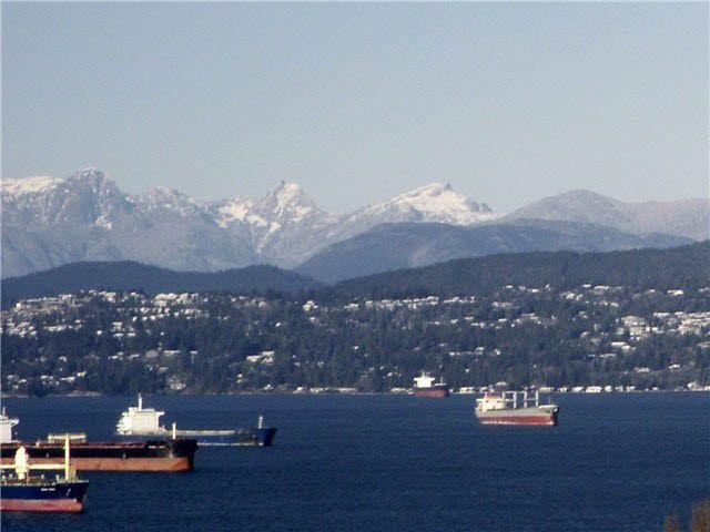 Main Photo: 902 2445 W 3RD Avenue in Vancouver: Kitsilano Condo for sale (Vancouver West)  : MLS®# V1095434