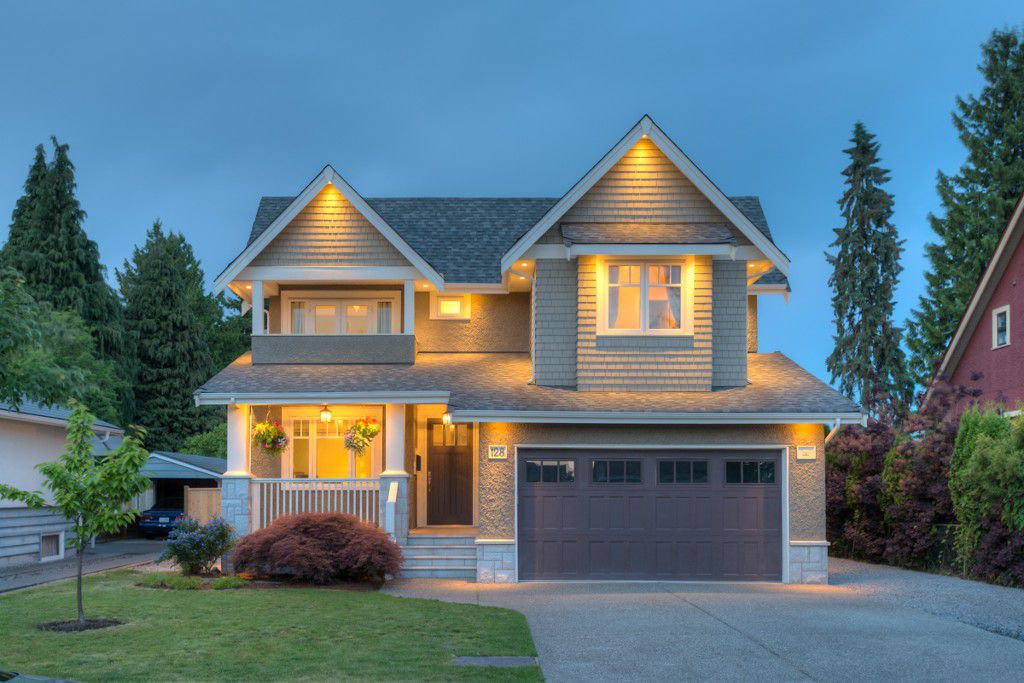 "Main Photo: 128 HARVEY Street in New Westminster: The Heights NW House for sale in ""THE HEIGHTS"" : MLS®# V1127125"