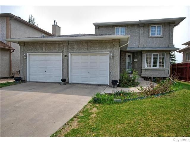 Main Photo: 142 Westchester Drive in WINNIPEG: River Heights / Tuxedo / Linden Woods Residential for sale (South Winnipeg)  : MLS®# 1520463