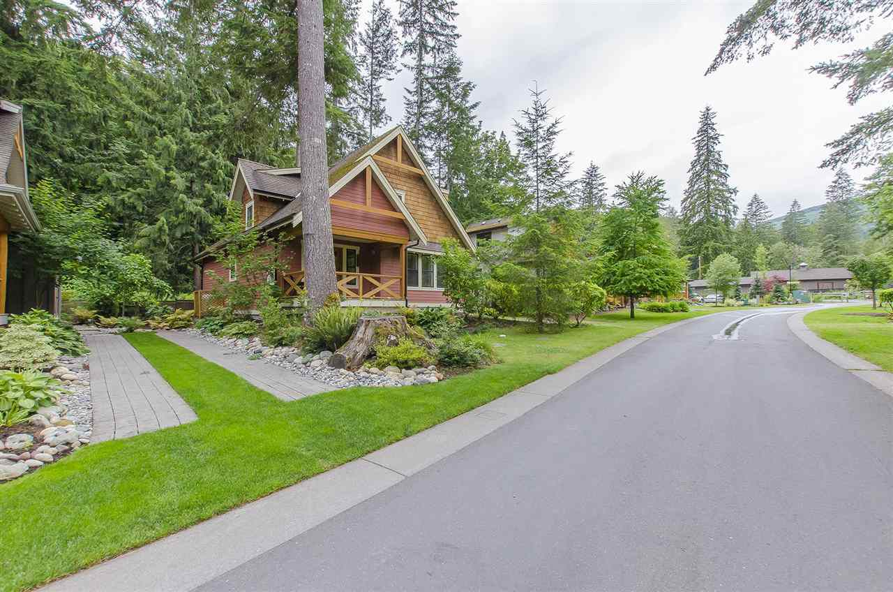 Main Photo: 43516 RED HAWK Pass in Chilliwack: Lindell Beach House for sale (Cultus Lake)  : MLS®# R2083849