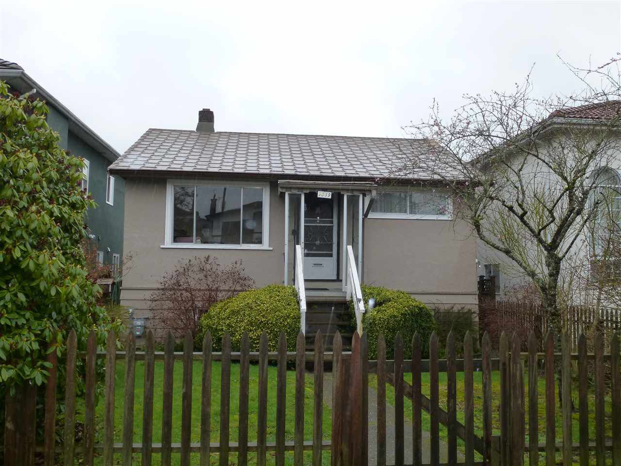 Main Photo: 3039 E 23RD Avenue in Vancouver: Renfrew Heights House for sale (Vancouver East)  : MLS®# R2157476