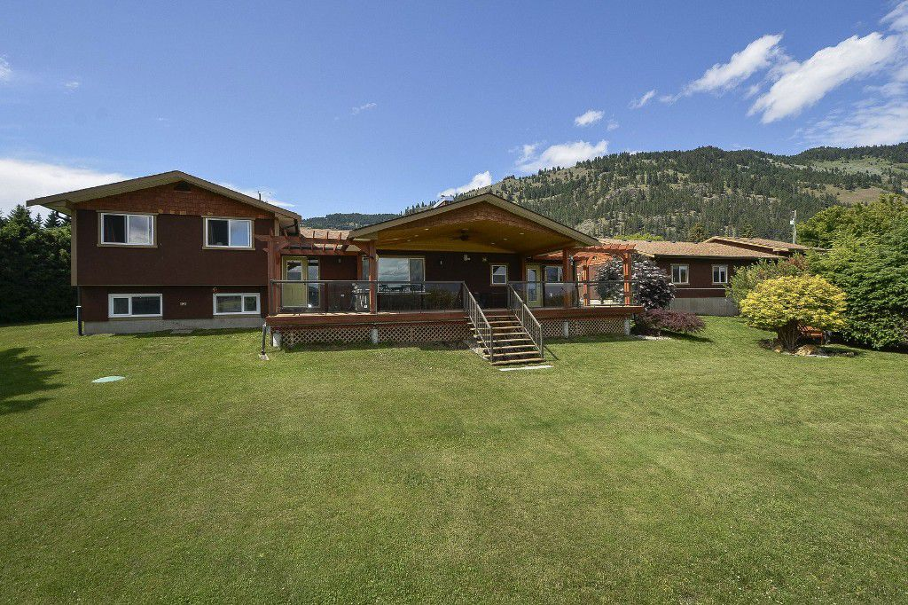 Main Photo: 6874 Buchanan Road in Coldstream: Mun of Coldstream House for sale (North Okanagan)