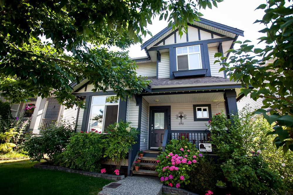 """Main Photo: 6974 201 Street in Langley: Willoughby Heights House for sale in """"Jeffries Brook"""" : MLS®# R2189028"""
