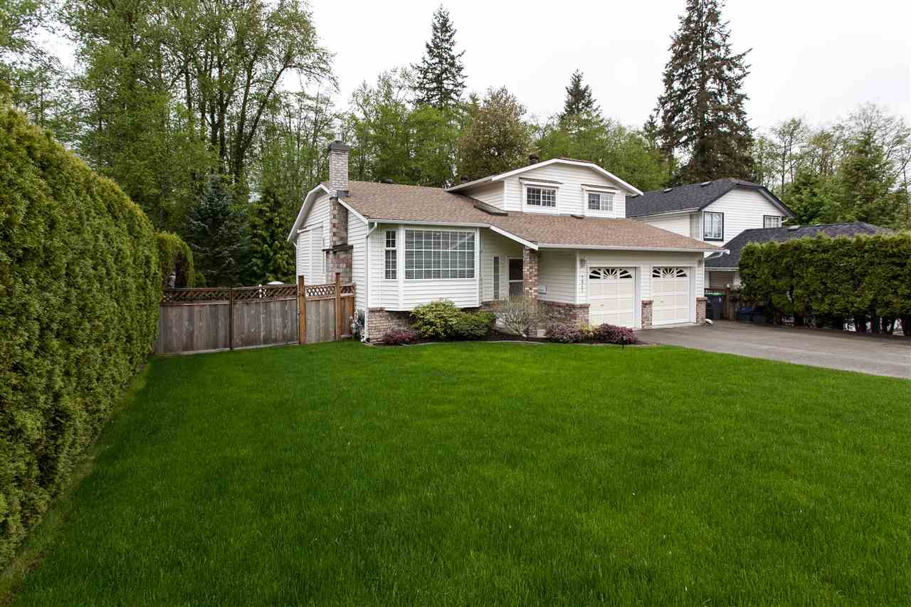 Main Photo: 7843 143 Street in Surrey: East Newton House for sale : MLS®# R2261185