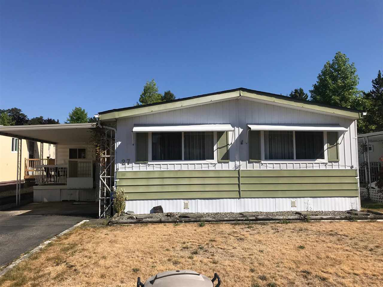 "Main Photo: 27 7850 KING GEORGE Boulevard in Surrey: East Newton Manufactured Home for sale in ""Bear Creek Glen"" : MLS®# R2295083"