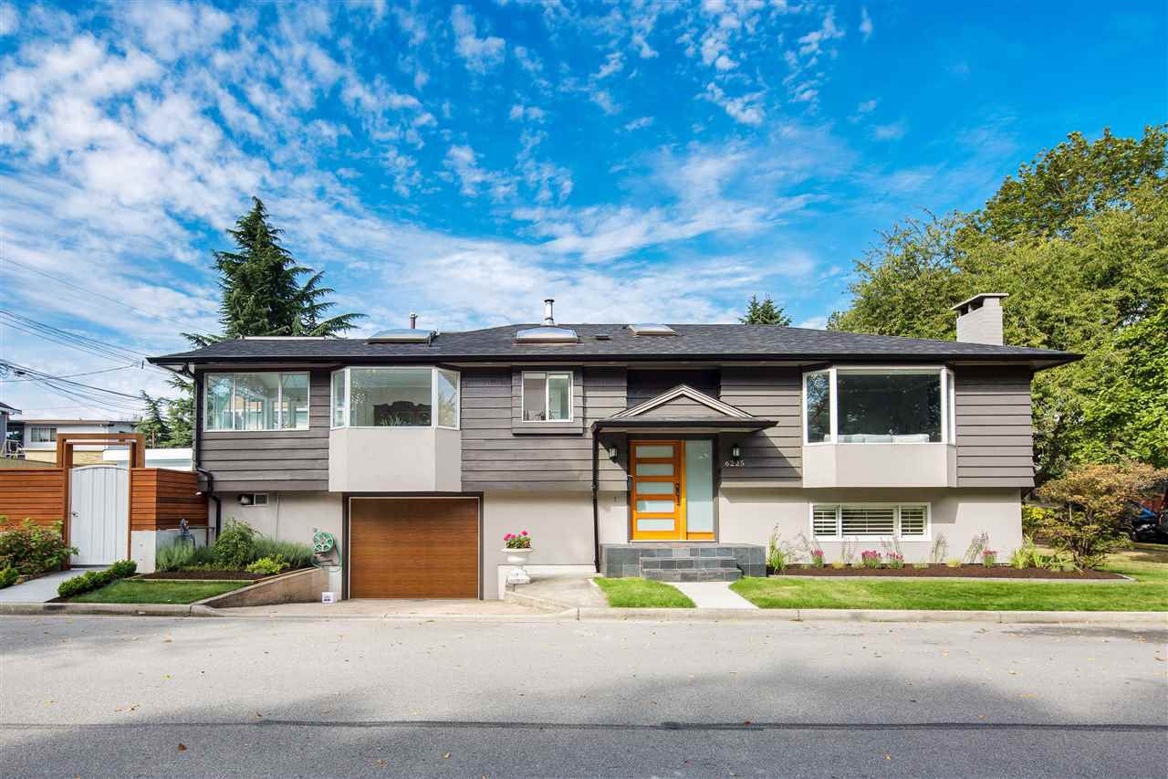 "Main Photo: 6225 RALEIGH Street in Vancouver: Killarney VE House for sale in ""HEART OF KILLARNEY"" (Vancouver East)  : MLS®# R2306705"