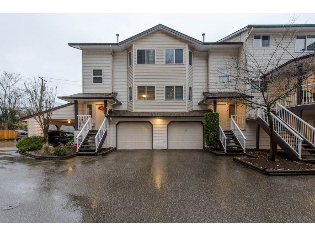 """Main Photo: 9 5352 VEDDER Road in Sardis: Vedder S Watson-Promontory Townhouse for sale in """"Mountview Properties"""" : MLS®# R2323460"""