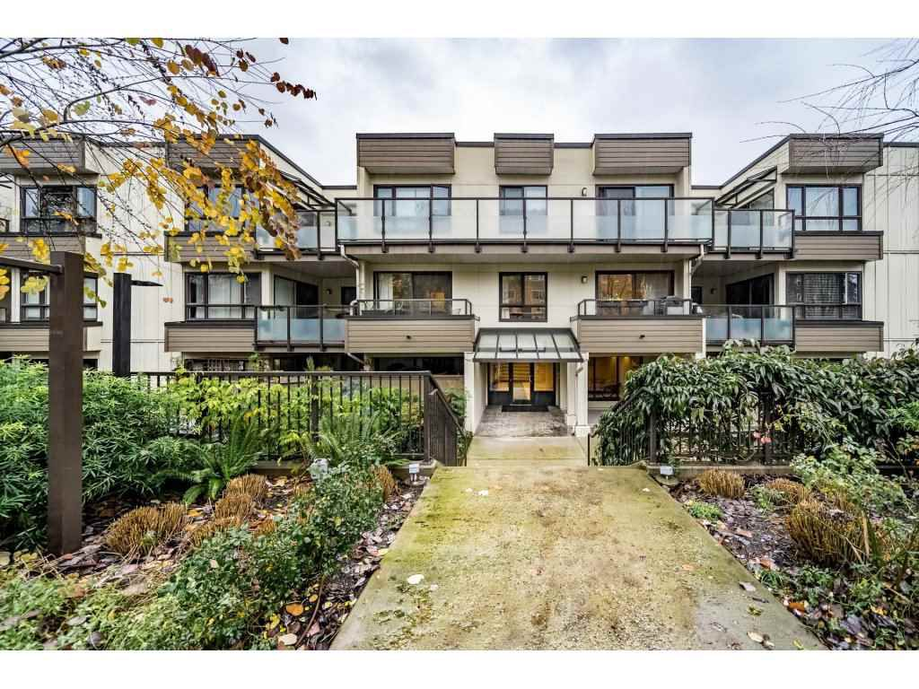 "Main Photo: 310 621 E 6TH Avenue in Vancouver: Mount Pleasant VE Condo for sale in ""FAIRMONT PLACE"" (Vancouver East)  : MLS®# R2325031"