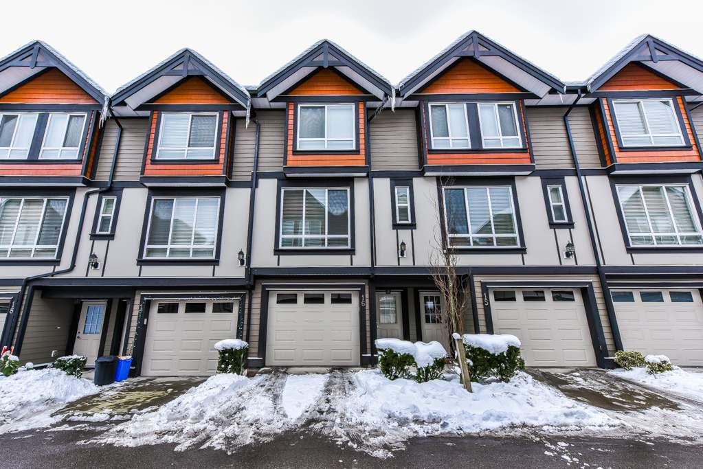 "Main Photo: 16 6378 142 Street in Surrey: Sullivan Station Townhouse for sale in ""KENDRA"" : MLS®# R2340251"