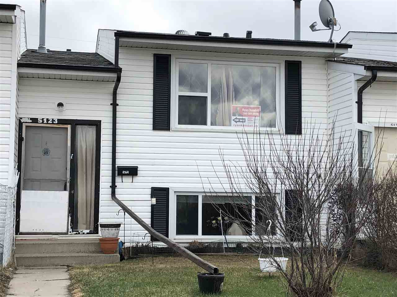 Main Photo: 5123 55 Avenue: Wetaskiwin Attached Home for sale : MLS®# E4151322