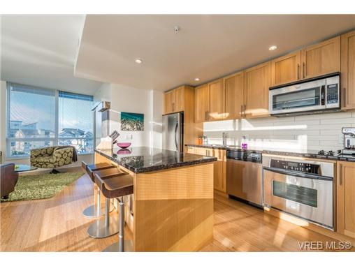 Main Photo: 602 399 Tyee Road in VICTORIA: VW Victoria West Condo Apartment for sale (Victoria West)  : MLS®# 330664