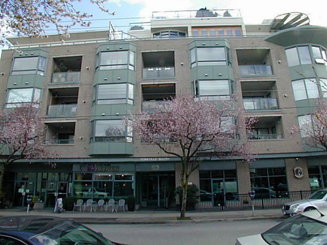 "Main Photo: 204 1688 CYPRESS Street in Vancouver: Kitsilano Condo for sale in ""Yorkville South"" (Vancouver West)  : MLS®# V1054702"
