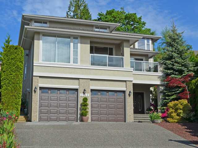 """Main Photo: 2569 CAMBERLEY Court in Coquitlam: Coquitlam East House for sale in """"BAKERVIEW ESTATES"""" : MLS®# V1063866"""