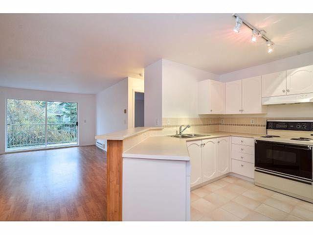 """Photo 2: Photos: 214 10743 139 Street in Surrey: Whalley Condo for sale in """"Vista Ridge"""" (North Surrey)  : MLS®# F1427979"""
