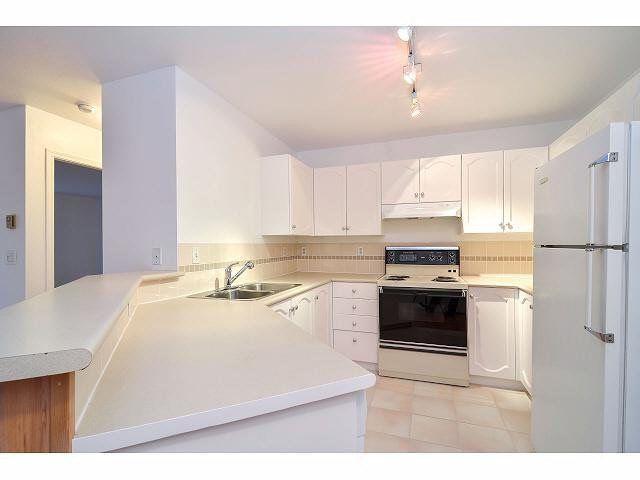 """Photo 4: Photos: 214 10743 139 Street in Surrey: Whalley Condo for sale in """"Vista Ridge"""" (North Surrey)  : MLS®# F1427979"""