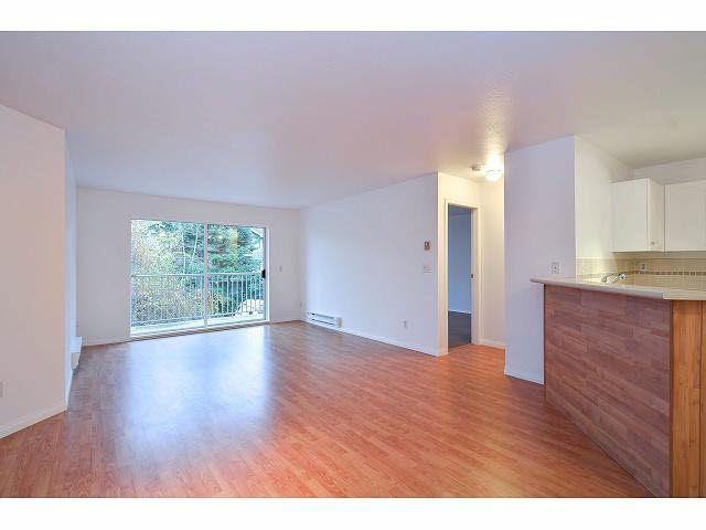 """Photo 8: Photos: 214 10743 139 Street in Surrey: Whalley Condo for sale in """"Vista Ridge"""" (North Surrey)  : MLS®# F1427979"""