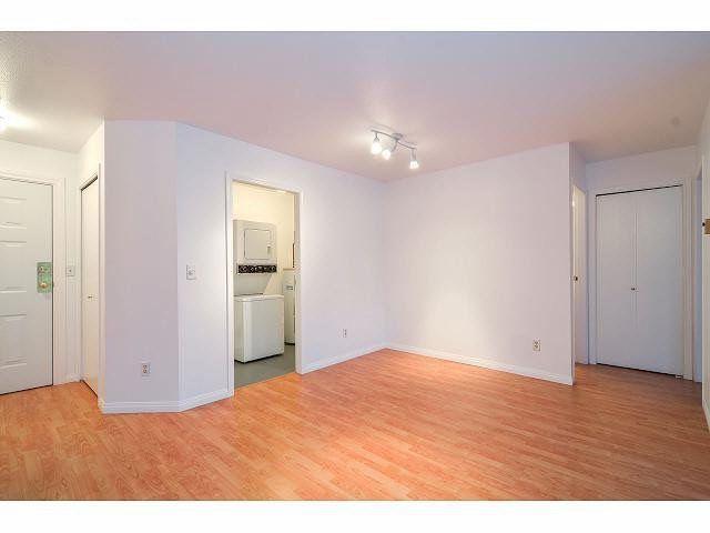 """Photo 11: Photos: 214 10743 139 Street in Surrey: Whalley Condo for sale in """"Vista Ridge"""" (North Surrey)  : MLS®# F1427979"""
