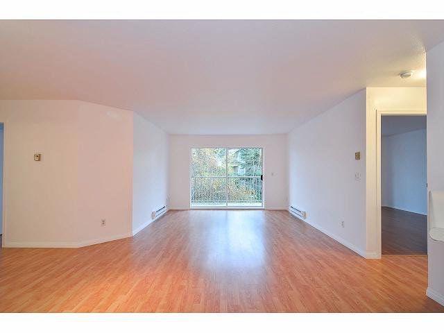 """Photo 9: Photos: 214 10743 139 Street in Surrey: Whalley Condo for sale in """"Vista Ridge"""" (North Surrey)  : MLS®# F1427979"""