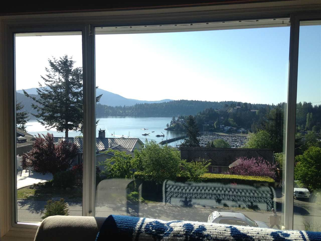 Photo 2: Photos: 509 SARGENT Road in Gibsons: Gibsons & Area House for sale (Sunshine Coast)  : MLS®# R2059676