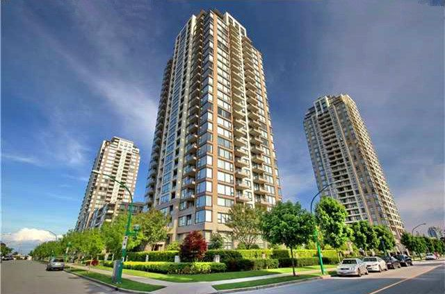 "Main Photo: 2502 7108 COLLIER Street in Burnaby: Highgate Condo for sale in ""ARCADIA WEST"" (Burnaby South)  : MLS®# R2086094"