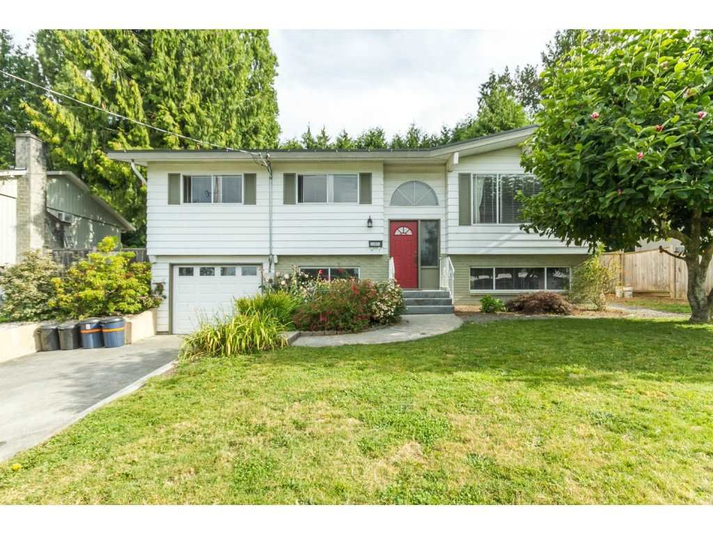 Main Photo: 33005 BRACKEN Avenue in Mission: Mission BC House for sale : MLS®# R2095719