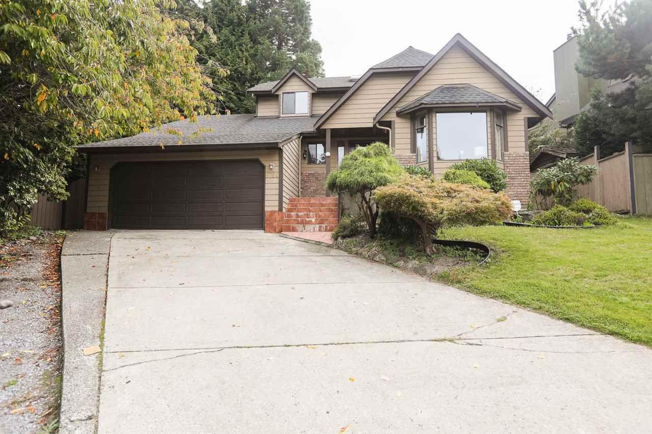 "Main Photo: 6764 NICHOLSON Road in Delta: Sunshine Hills Woods House for sale in ""SUNSHINE HILLS"" (N. Delta)  : MLS®# R2112308"