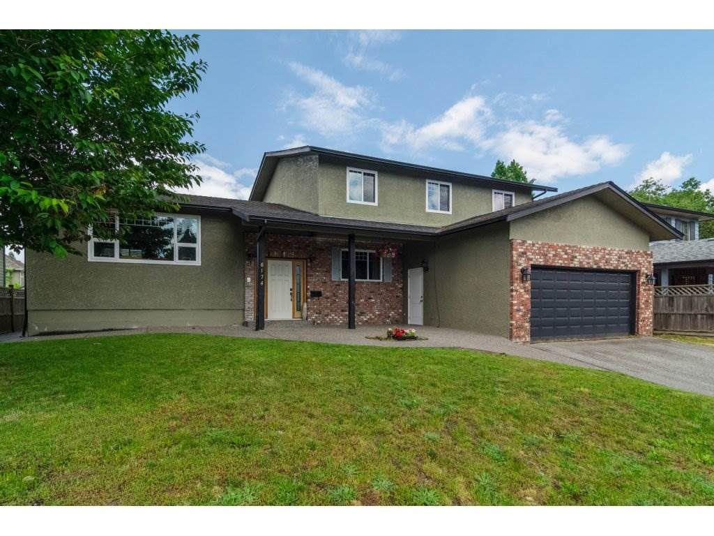 "Main Photo: 8174 WILTSHIRE Boulevard in Delta: Nordel House for sale in ""Burnsview"" (N. Delta)  : MLS®# R2175102"