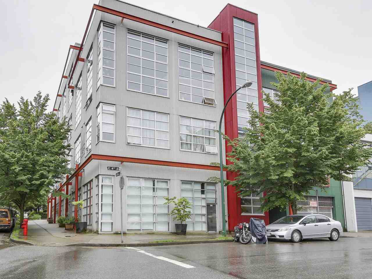 "Main Photo: 307 272 E 4TH Avenue in Vancouver: Mount Pleasant VE Condo for sale in ""The Mecca"" (Vancouver East)  : MLS®# R2176472"