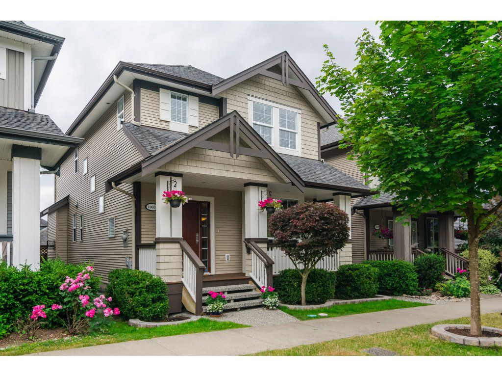"""Main Photo: 19074 69A Avenue in Surrey: Clayton House for sale in """"CLAYTON"""" (Cloverdale)  : MLS®# R2187563"""