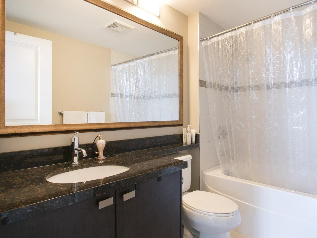 """Photo 7: Photos: 3003 888 CARNARVON Street in New Westminster: Downtown NW Condo for sale in """"Marinus at Plaza 88"""" : MLS®# R2199614"""