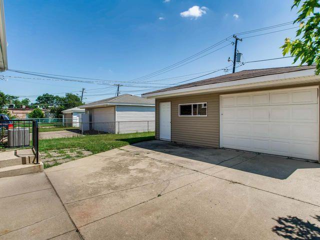 Photo 27: Photos: 503 MERRILL Avenue: Calumet City Single Family Home for sale ()  : MLS®# 09776405