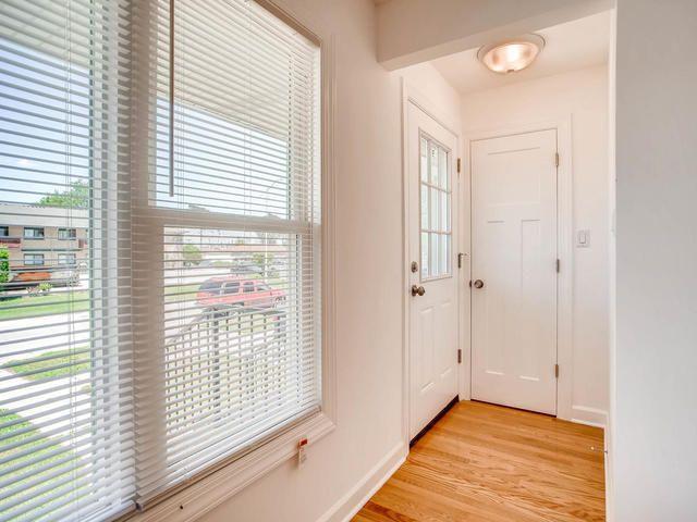 Photo 5: Photos: 503 MERRILL Avenue: Calumet City Single Family Home for sale ()  : MLS®# 09776405