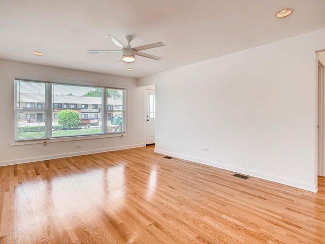 Photo 3: Photos: 503 MERRILL Avenue: Calumet City Single Family Home for sale ()  : MLS®# 09776405