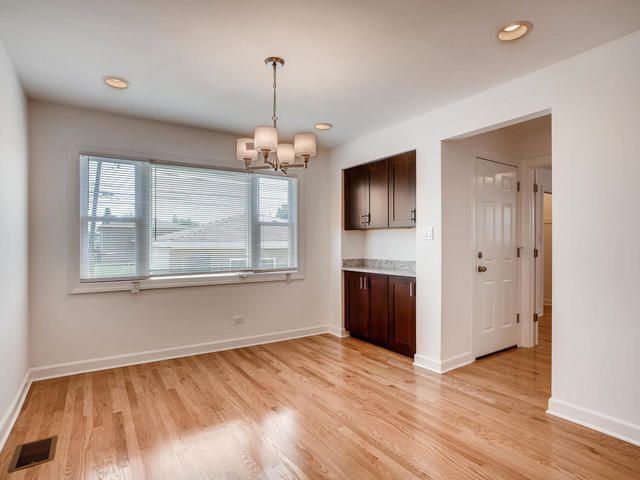 Photo 11: Photos: 503 MERRILL Avenue: Calumet City Single Family Home for sale ()  : MLS®# 09776405