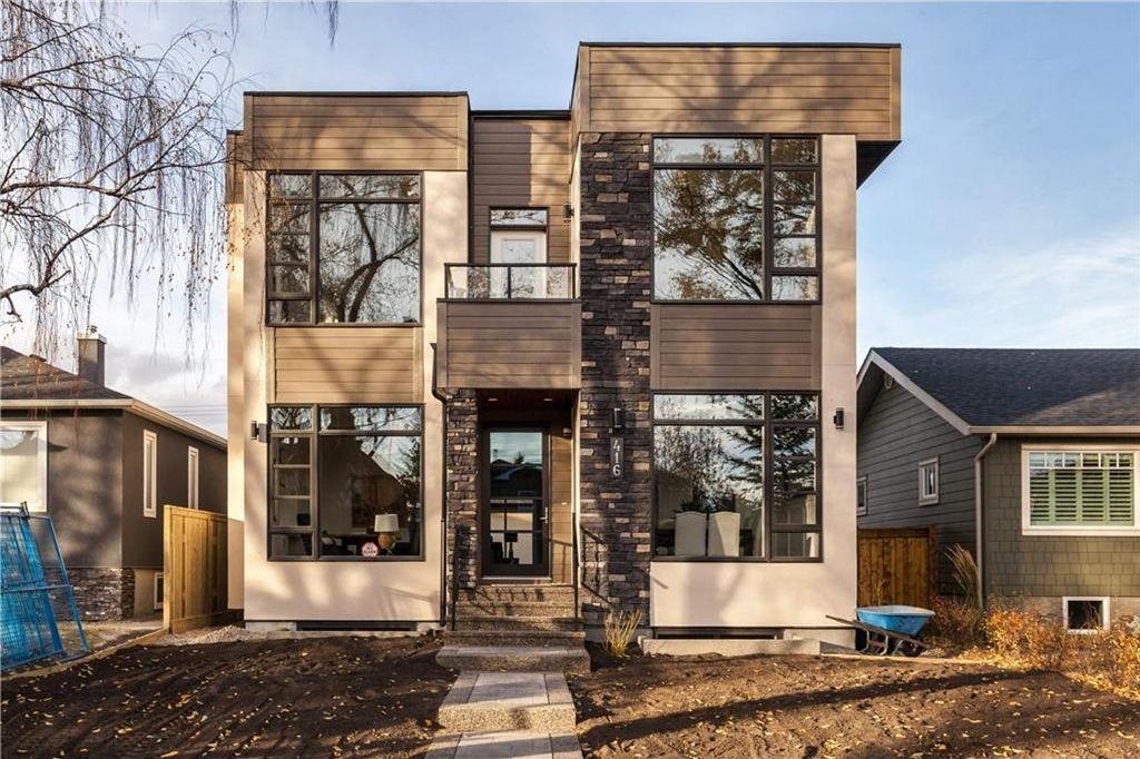 Main Photo: 416 28 AV NW in Calgary: Mount Pleasant House for sale : MLS®# C4142854