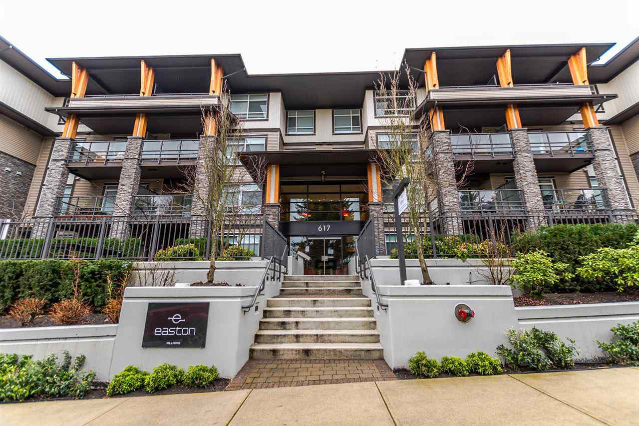 "Main Photo: 112 617 SMITH Avenue in Coquitlam: Coquitlam West Condo for sale in ""EASTON"" : MLS®# R2239453"