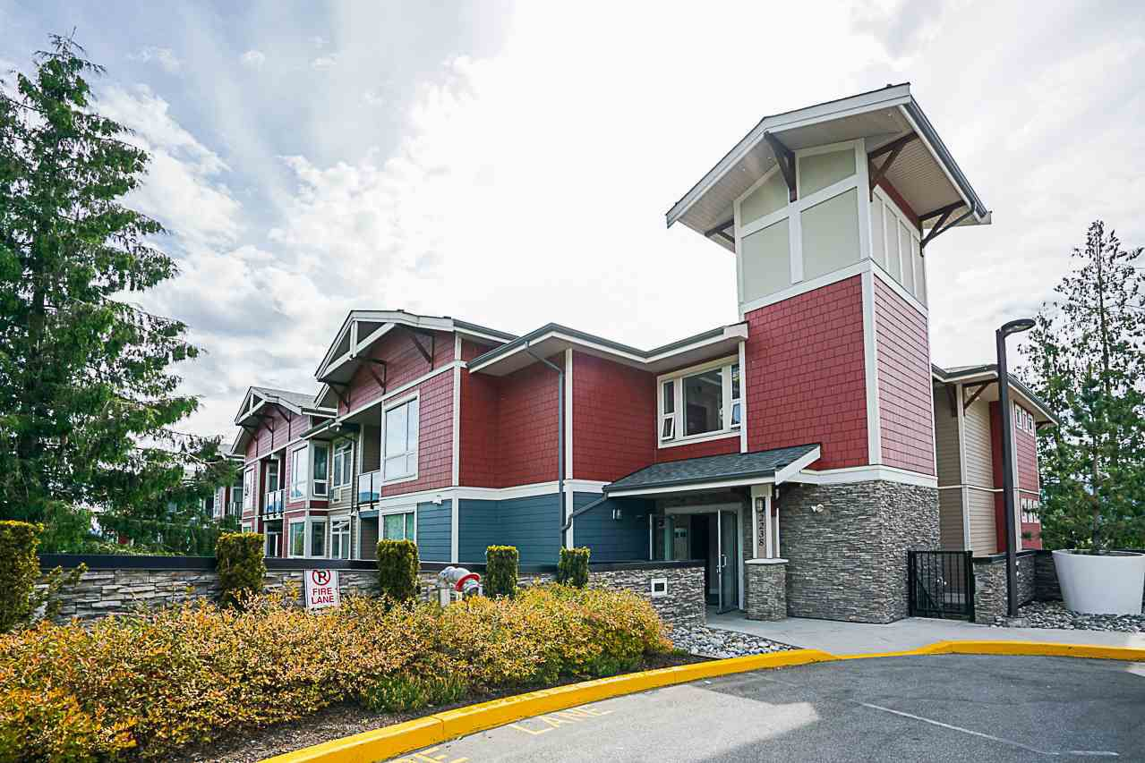 """Main Photo: 301 2238 WHATCOM Road in Abbotsford: Abbotsford East Condo for sale in """"Waterleaf"""" : MLS®# R2276818"""