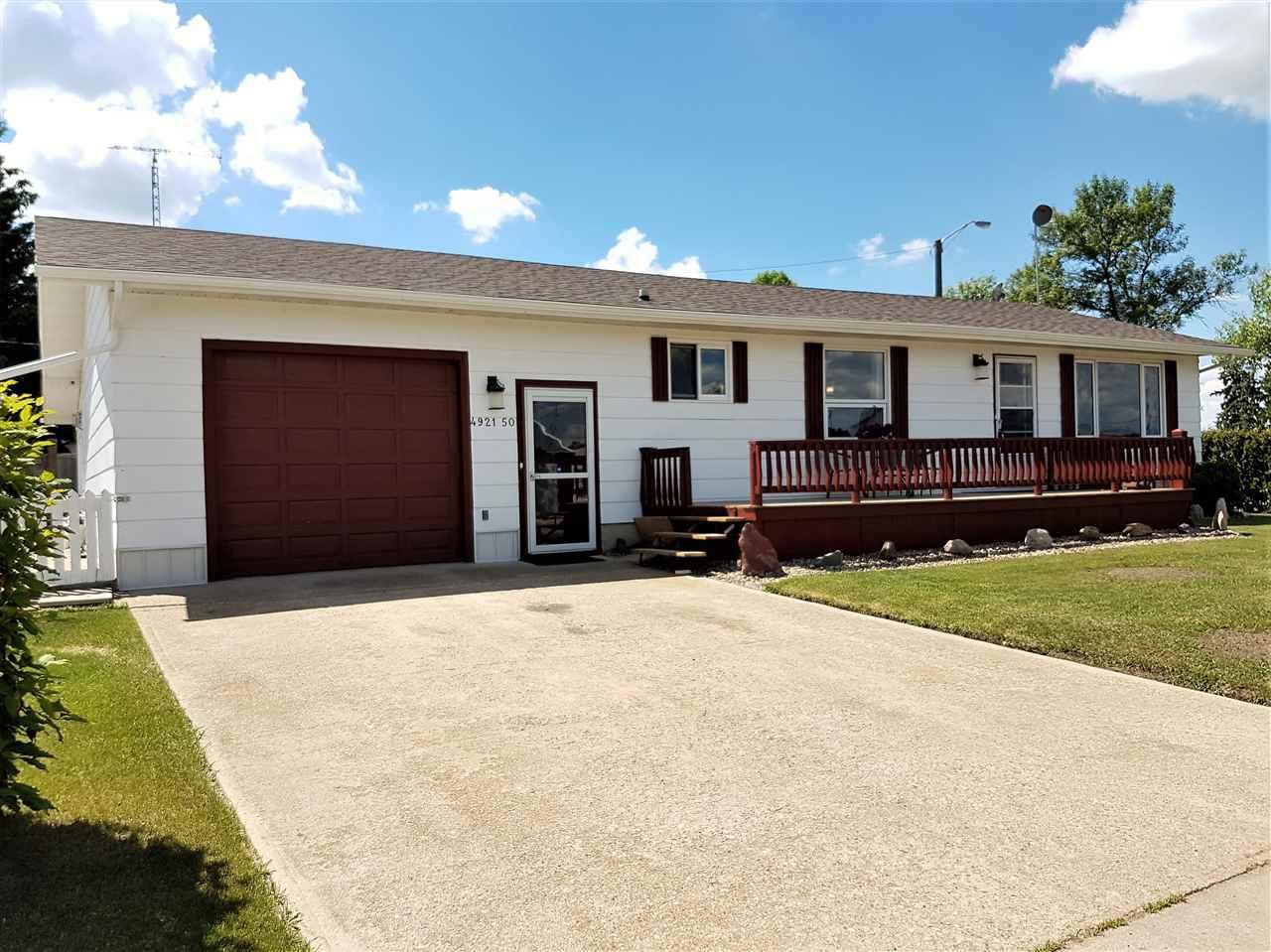Main Photo: 4921 50 Street: Minburn House for sale : MLS®# E4116721