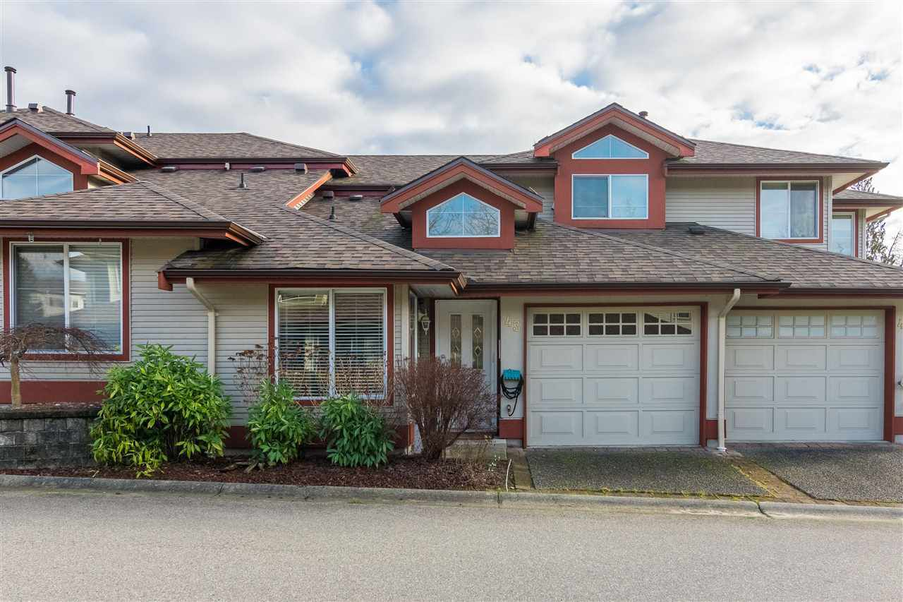 "Main Photo: 43 22740 116 Avenue in Maple Ridge: East Central Townhouse for sale in ""Fraser Glen"" : MLS®# R2334439"