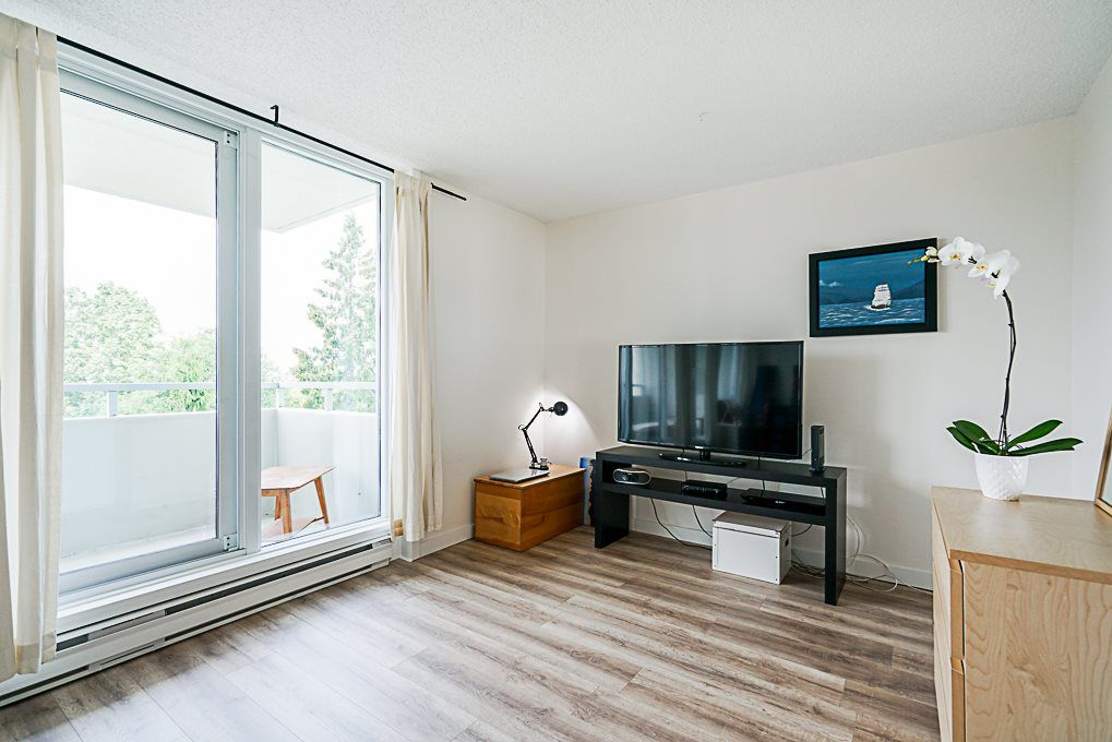 Main Photo: 703 4160 SARDIS Street in Burnaby: Central Park BS Condo for sale (Burnaby South)  : MLS®# R2343719